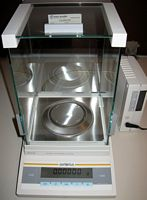 Sartorius 0.01mg Analytical Balance