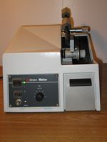 Struers Minitom Cut-Off Machine